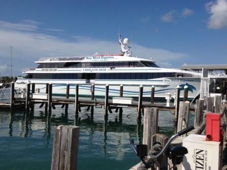Key West ist mit einem Katamaran wie diesem innerhalb von vier Stunden von Florida erreichbar. Foto: Christine Jung