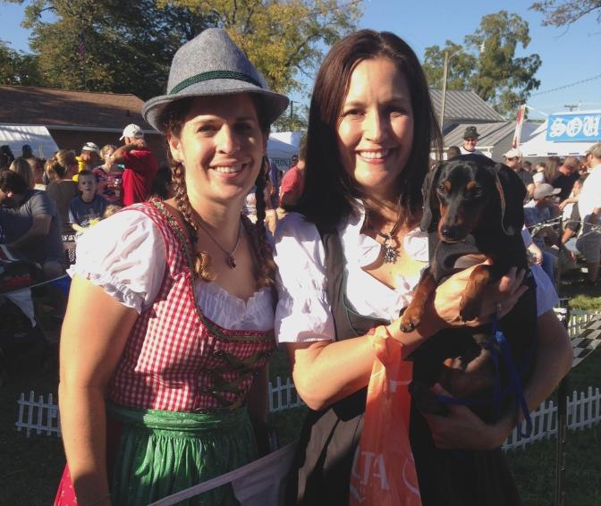 Dackelrennen auf dem Oktoberfest in Lovettsville