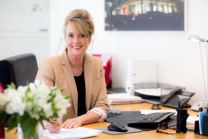 Schulleiterin Kerstin Hopkins: Beliebt und immer in Bewegung